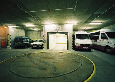 Autovýtah ZEUS, točna na auta ZEUS, Parkovací dům, Bohemia lázně, Karlovy Vary